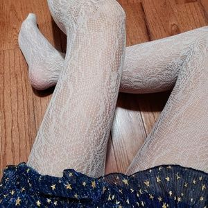 LACE FLORAL CROCHET PATTERN TIGHTS - WHITE 🐇